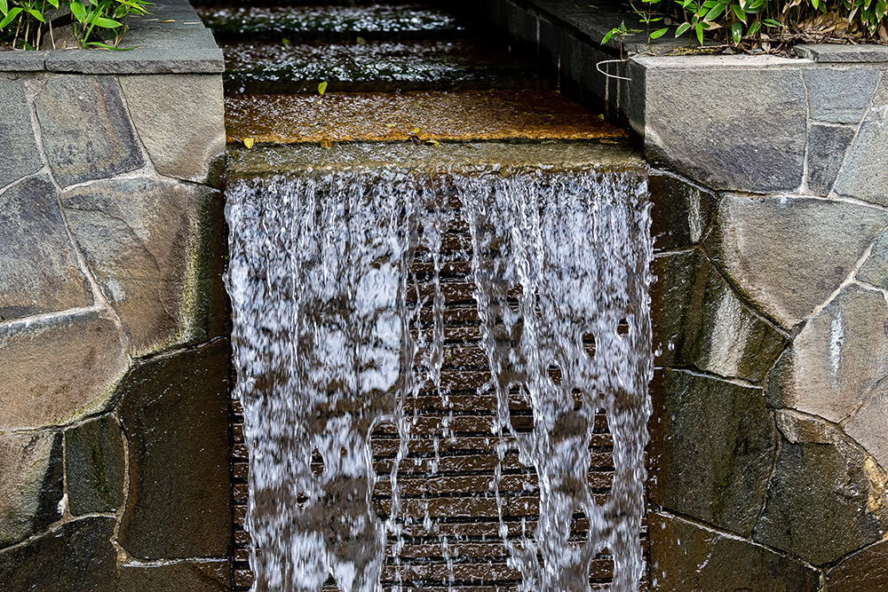 How to Find the Perfect Outdoor Water Feature